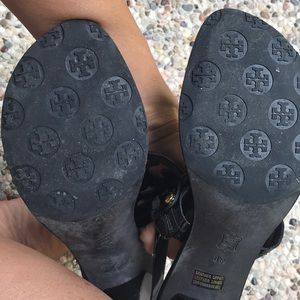 Tory Burch Shoes - Tory Burch Holly Black Sandal